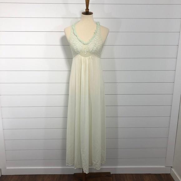 533bf25d018 Vintage Intimates   Sleepwear